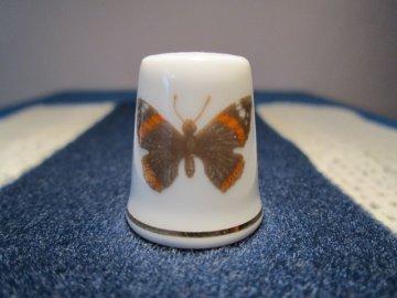 Sběratelský náprstek - Slavkov, Haas a Czjzek - motýli