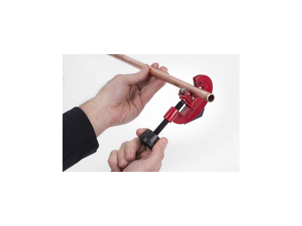 KRT000702 - Řezák trubek 3-28 mm