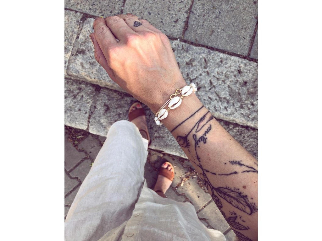 Lasturový náramek - uzlíky