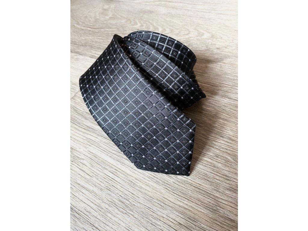 Černá kravata Roberto, vzor