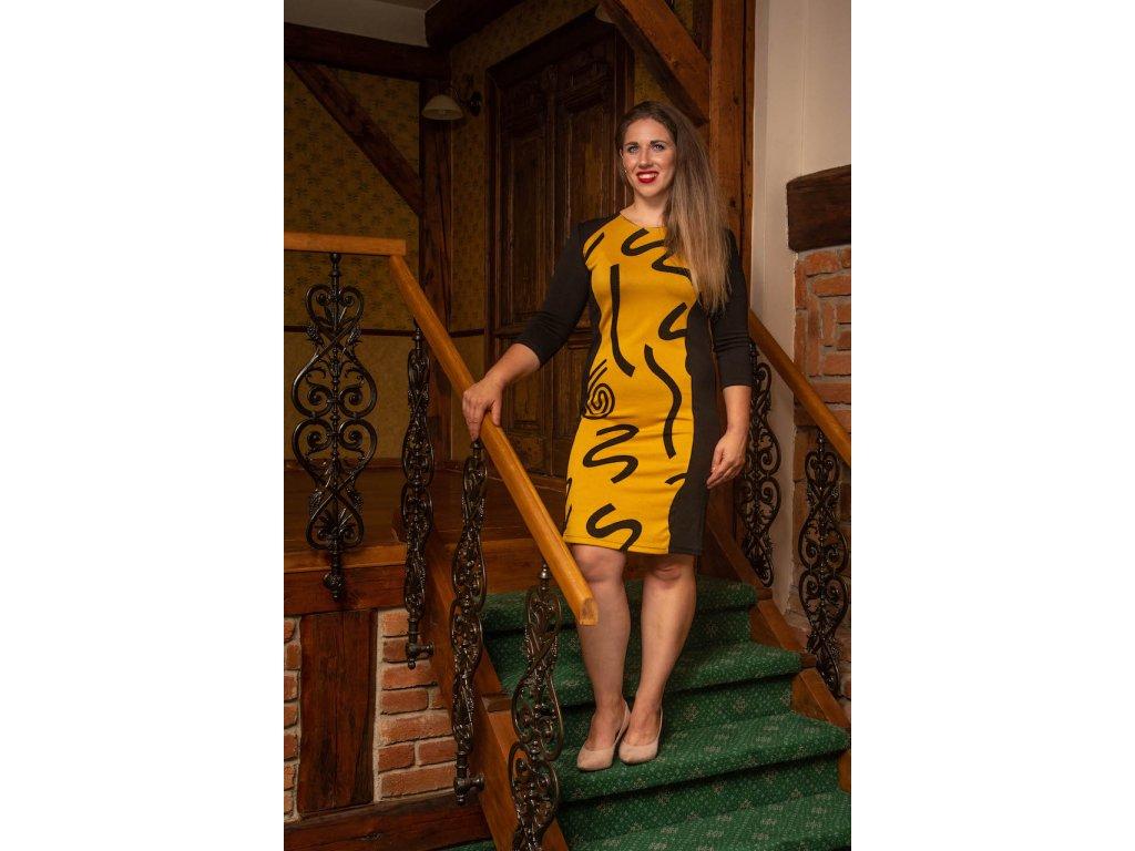 Černo-hořčicové šaty