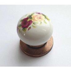porcelanova knopka CU