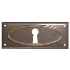 ŠTÍTEK RAŽENÝ 30x74mm s otvorem pro klíč