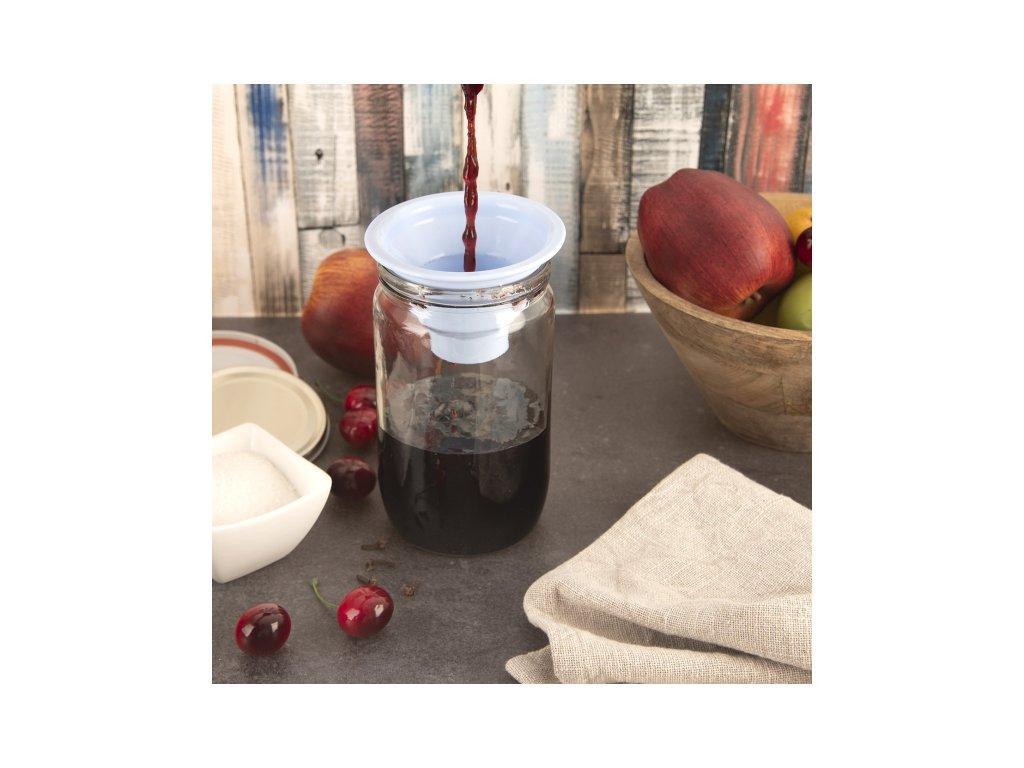 Plastová nálevka Kolb 9 cm