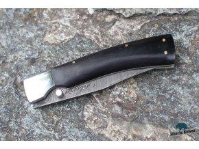 Zavírací ručně kovaný nůž z damašku Krkavec