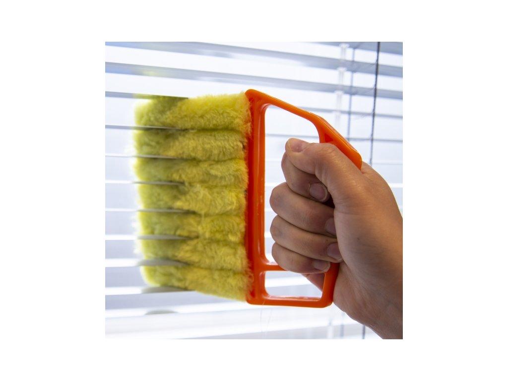 Kartáč na čištění žaluzií, délka 9 cm