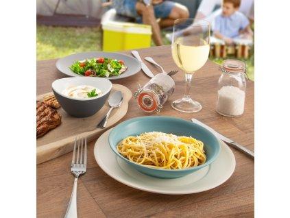 Plastový talíř 23,5 cm