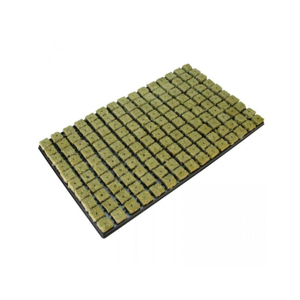 GRODAN sadbovací kostky o rozměrech 25x25x40mm v sadbovači po 150 ks