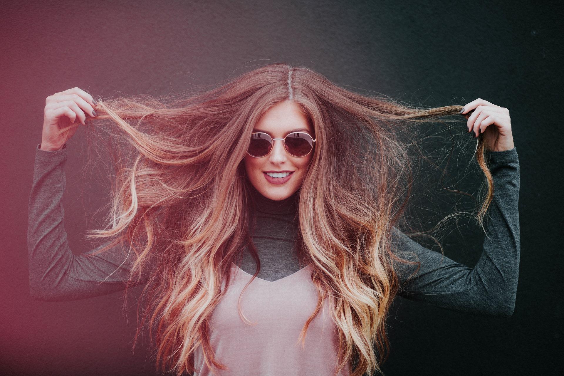 Vlasové trápení: Suché a poškozené vlasy