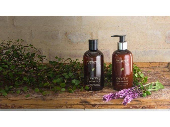 certified organic everyday hairwash 2 1 1024x576