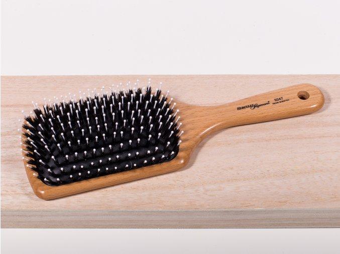 Plochý kartáč k rozčesání a uhlazení vlasů