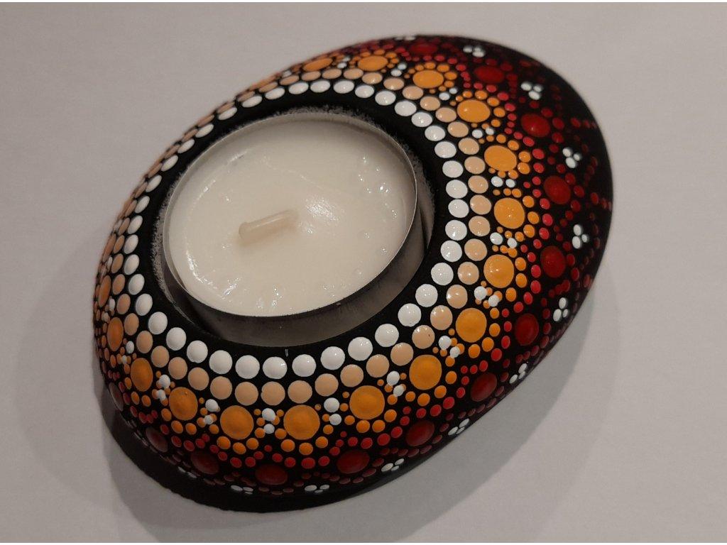 Malovaný kámen - svícen - červený