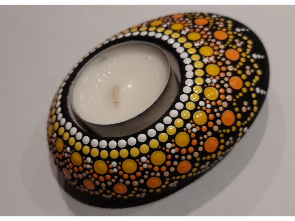 Malovaný kámen - svícen - žlutý