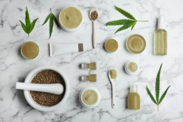 Jak pro Vás vybíráme produkty do našeho obchodu? A je to přírodní kosmetika?