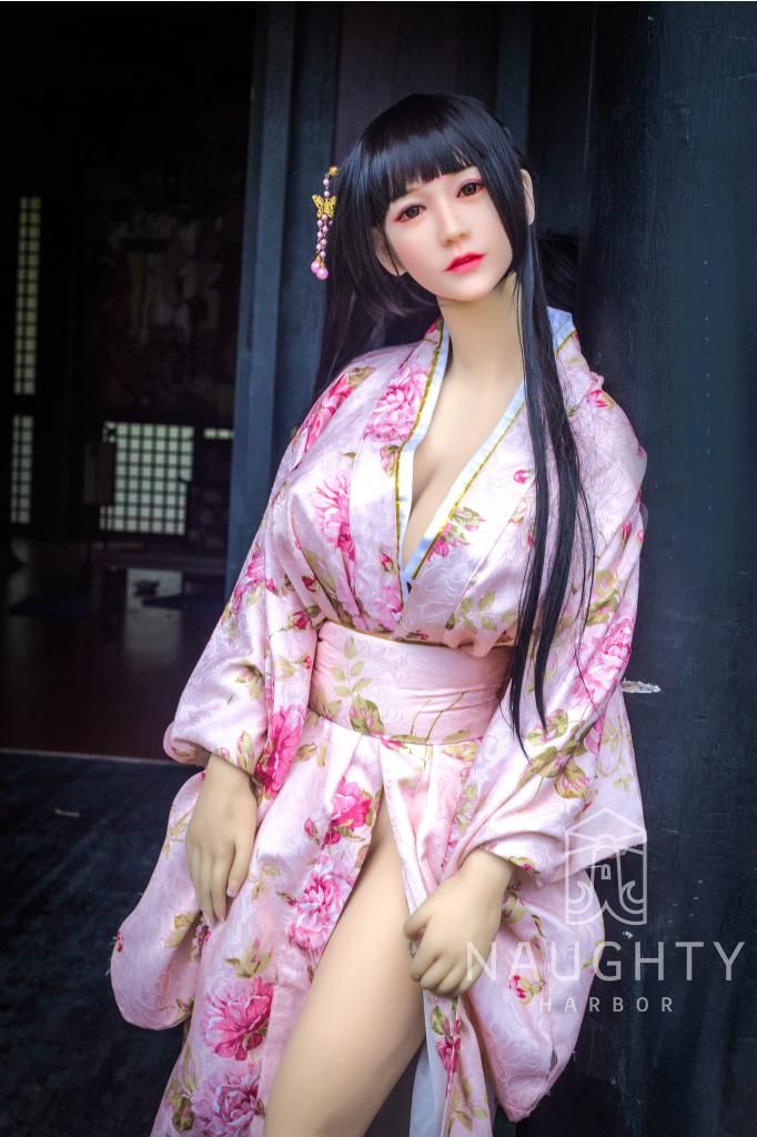 Real Sex Doll Asian Girl Lei 5ft 6' (168 cm)