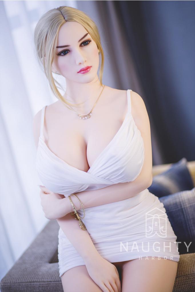 Love Doll Busty Leyla 5ft 4' (163 cm)