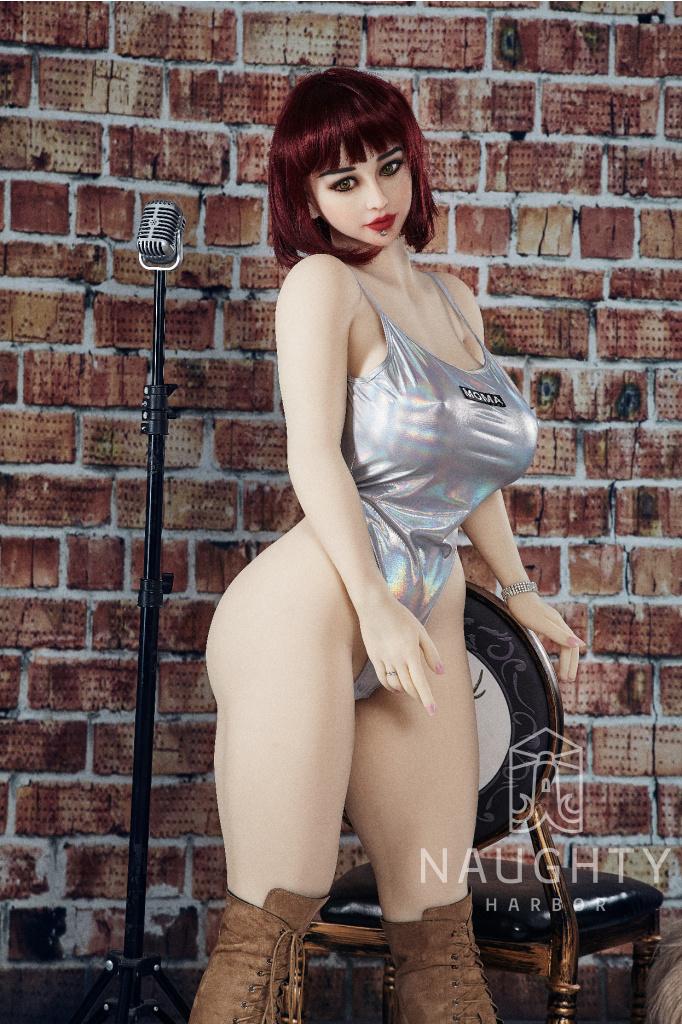 love doll boubelka celilia 2