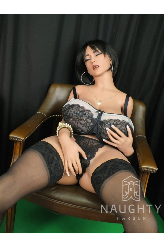 Sexy Doll Black-haired Aisha 5ft 2' (160 cm)/ H-Cup