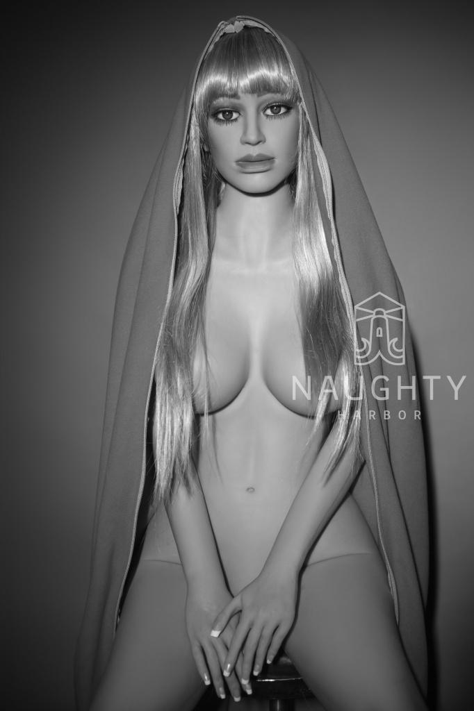 Silikonová panna Blondýnka Ada, 165 cm