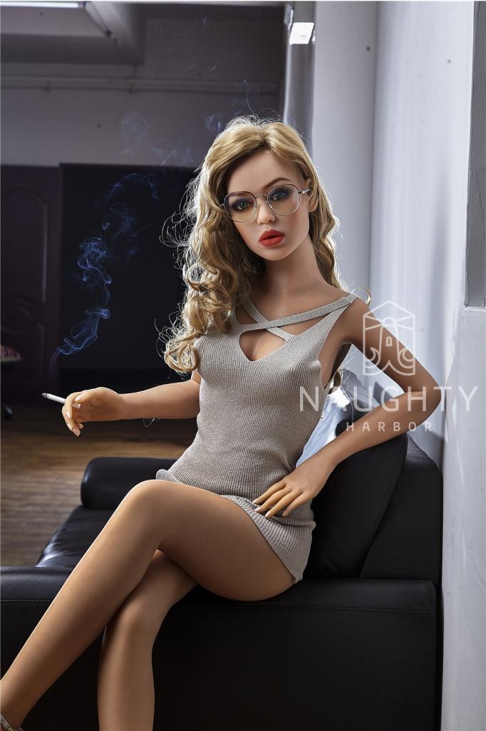 Love Doll Svůdná Akisha, 155 cm