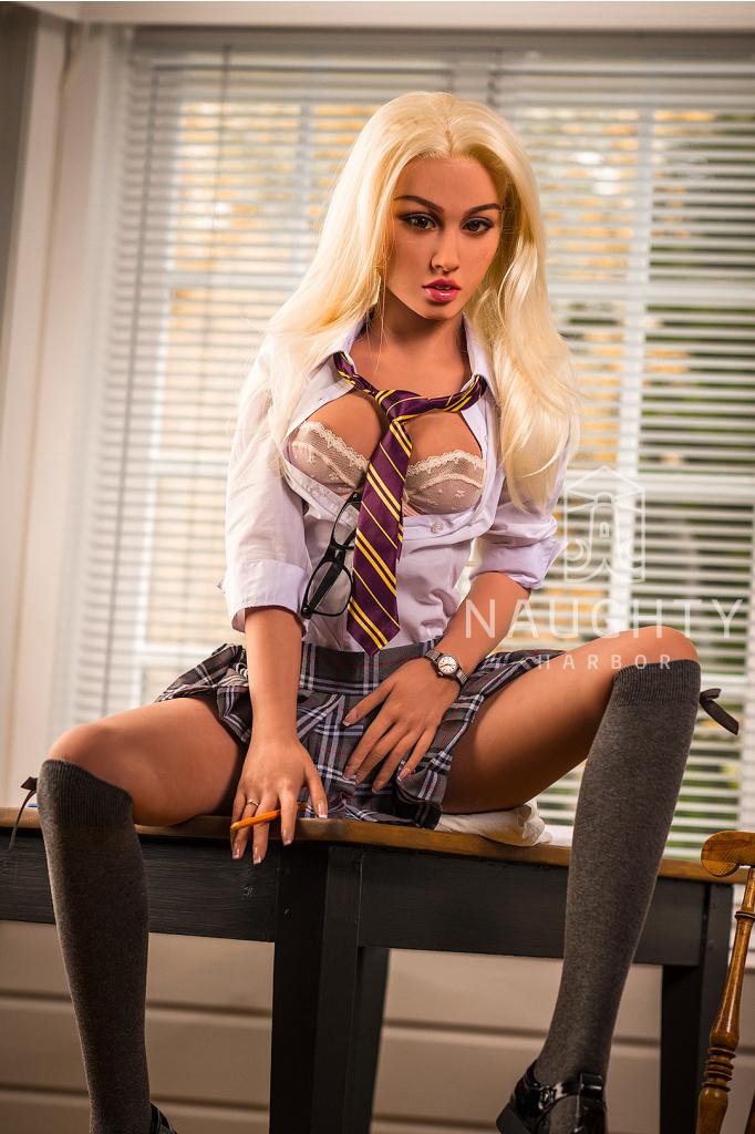 Silikonová panna Blondýnka Misha, 157 cm/ B-Cup