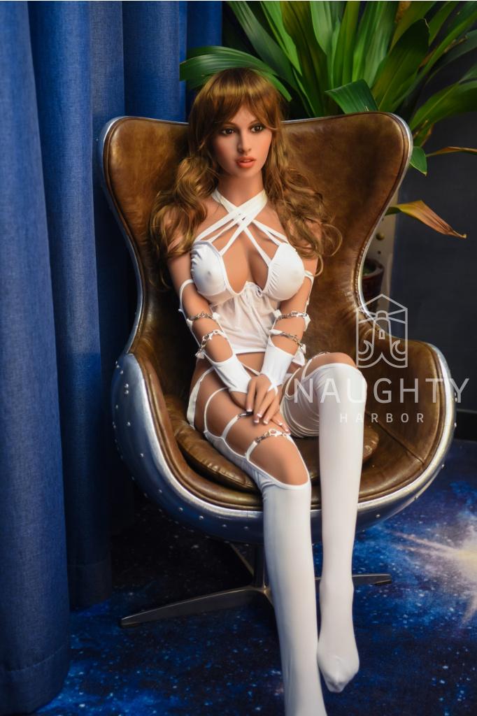 Love Doll Brunetka Madison, 158 cm