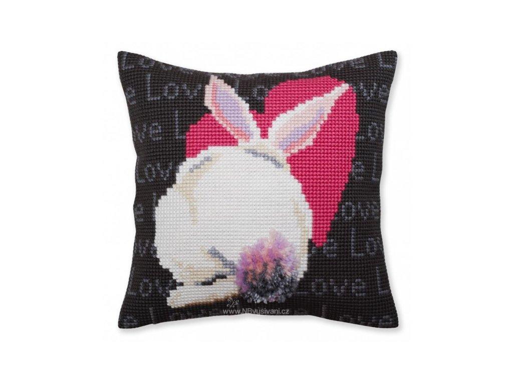 ADA5.381 Polštář se srdíčkem a králíkem