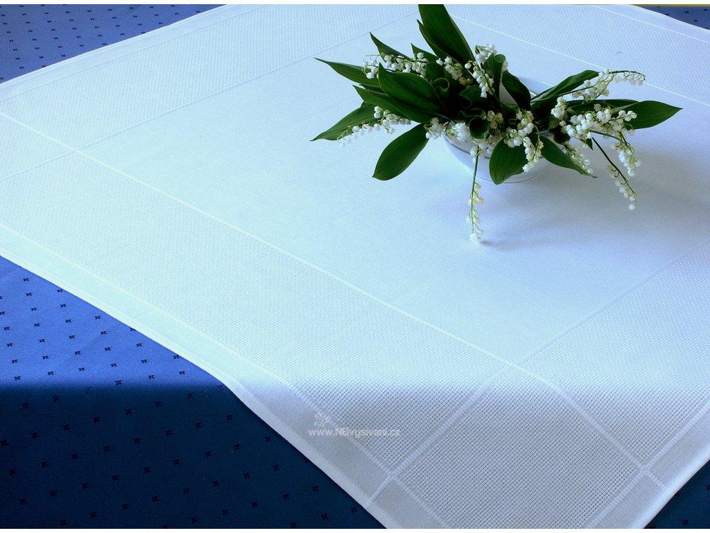HOF242-10 Ubrus na vyšívání bílý (90x90cm)