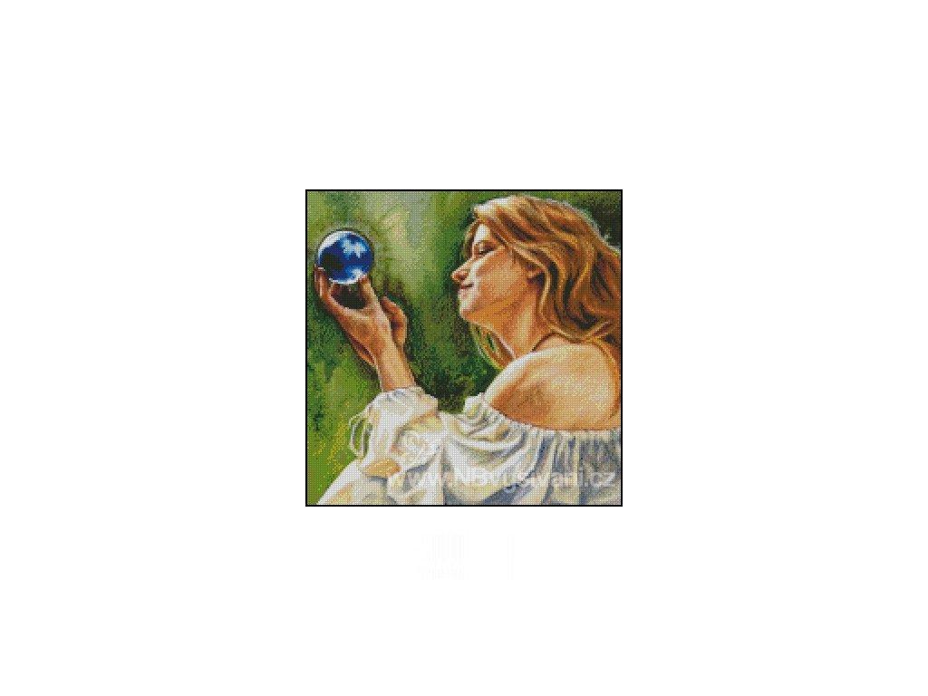 Malina's Crystal Ball (Aida 18ct)