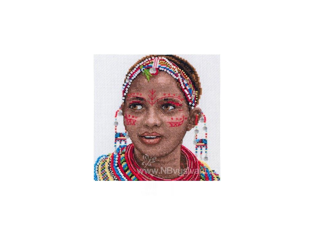 AM5678000-05037 Masai Woman Portrait