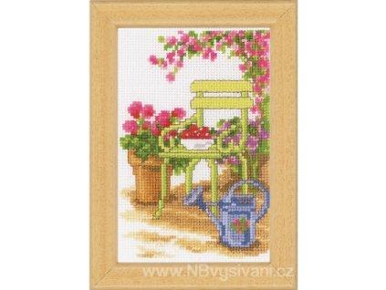 VE-PN0003720 Židle v zahradě