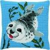 PA003.204 Polštářek s plujícím tuleňem