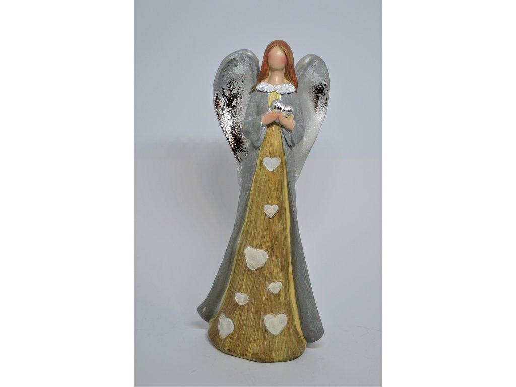 Anděl se srdíčky