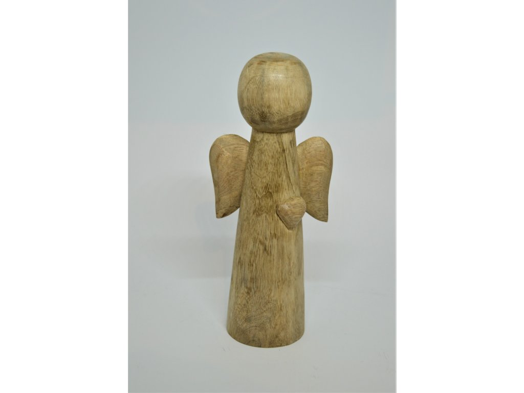 Dřevěný anděl se srdíčkem