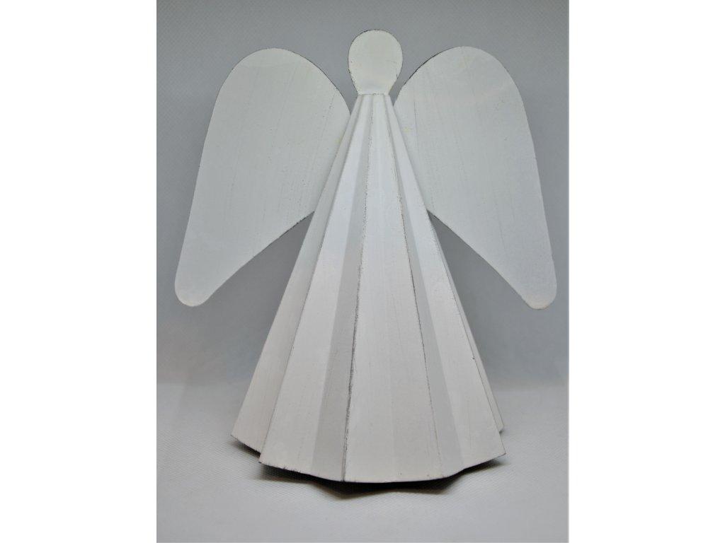 Plechový anděl