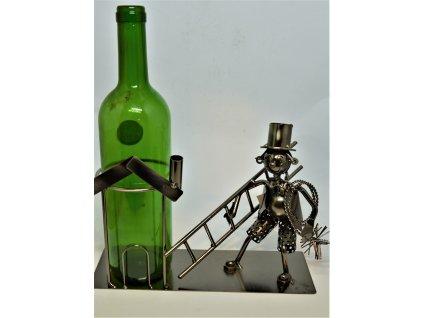 Kovový stojan na víno Kominík