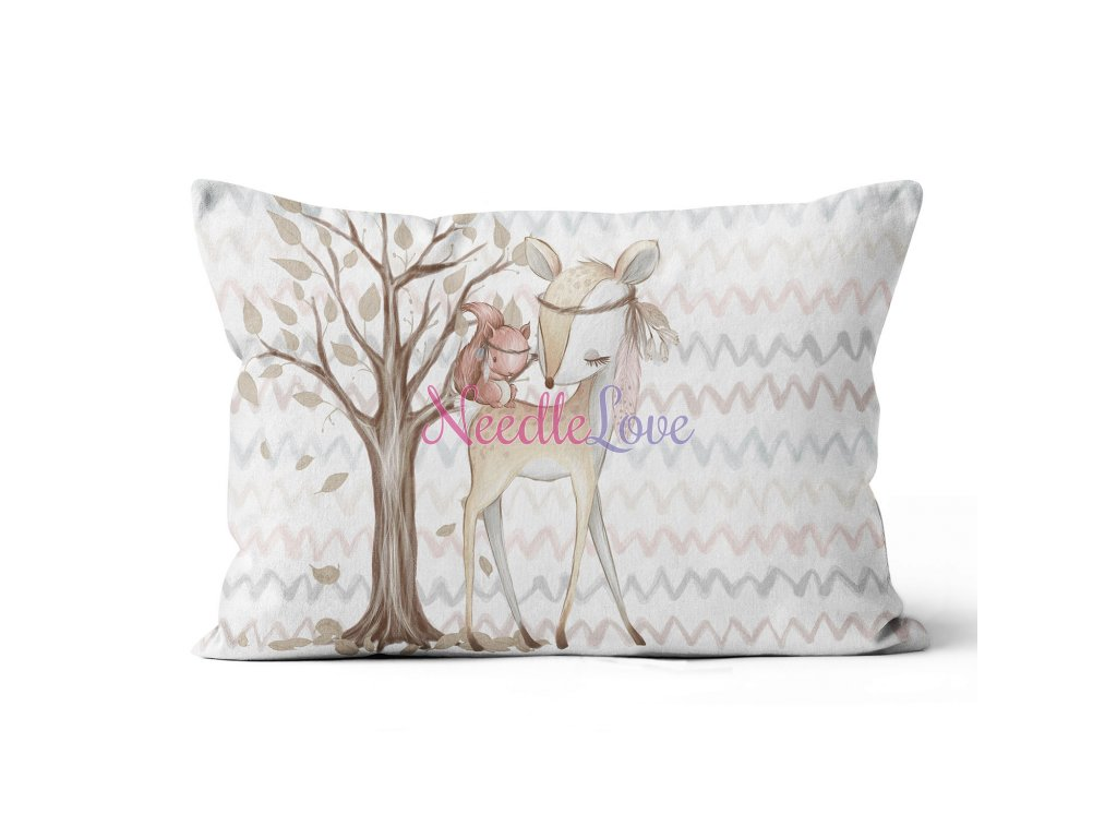 pillow wide deer squirel (1)
