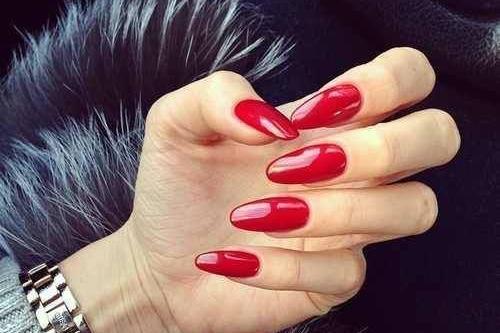 Ohnivé gelové nehty na čarodějnice