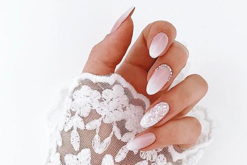 Svatební gelové nehty
