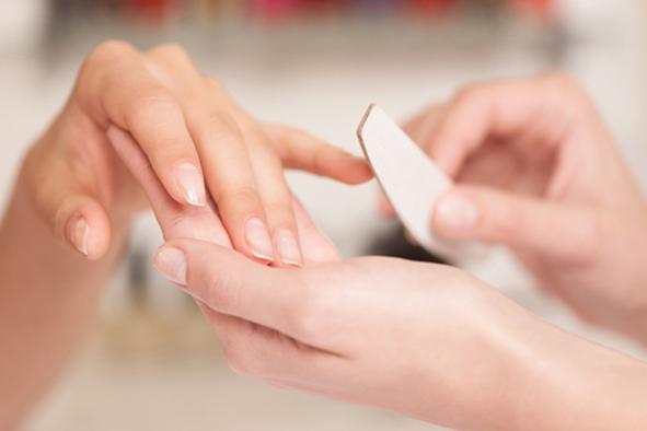 Jaký vybrat pilník na nehty
