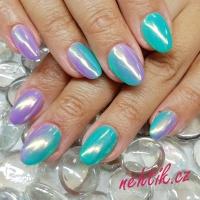 Gelové nehty pigment Aurora 4