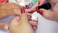 Aplikace gel laku Rocklac nanesení na nehty