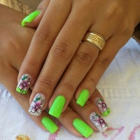 Velikonoční gelové nehty