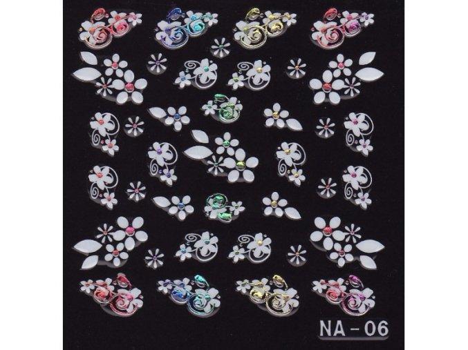 3D bílé květy s průhledným kamínkem