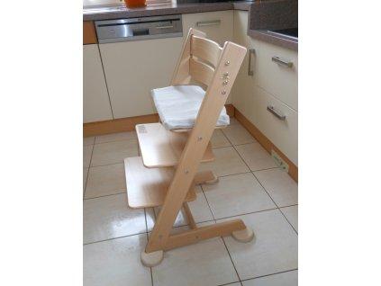 Dřevěný stupínek k rostoucí židli Jitro