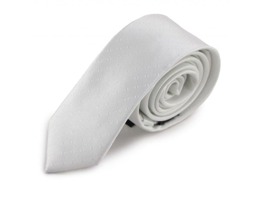 Bílá úzká mikrovláknová kravata s decentním vzorkem