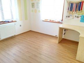 Vinylová podlaha v interiéru - Buk Jasný