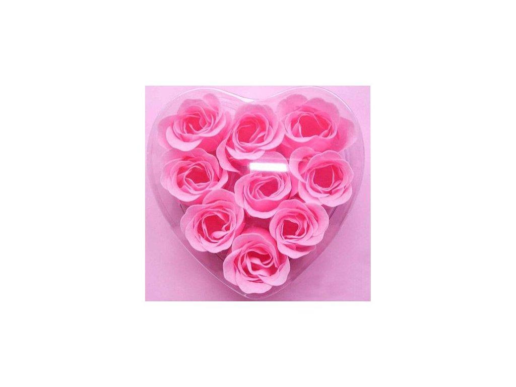 Okvětní lístky růžové
