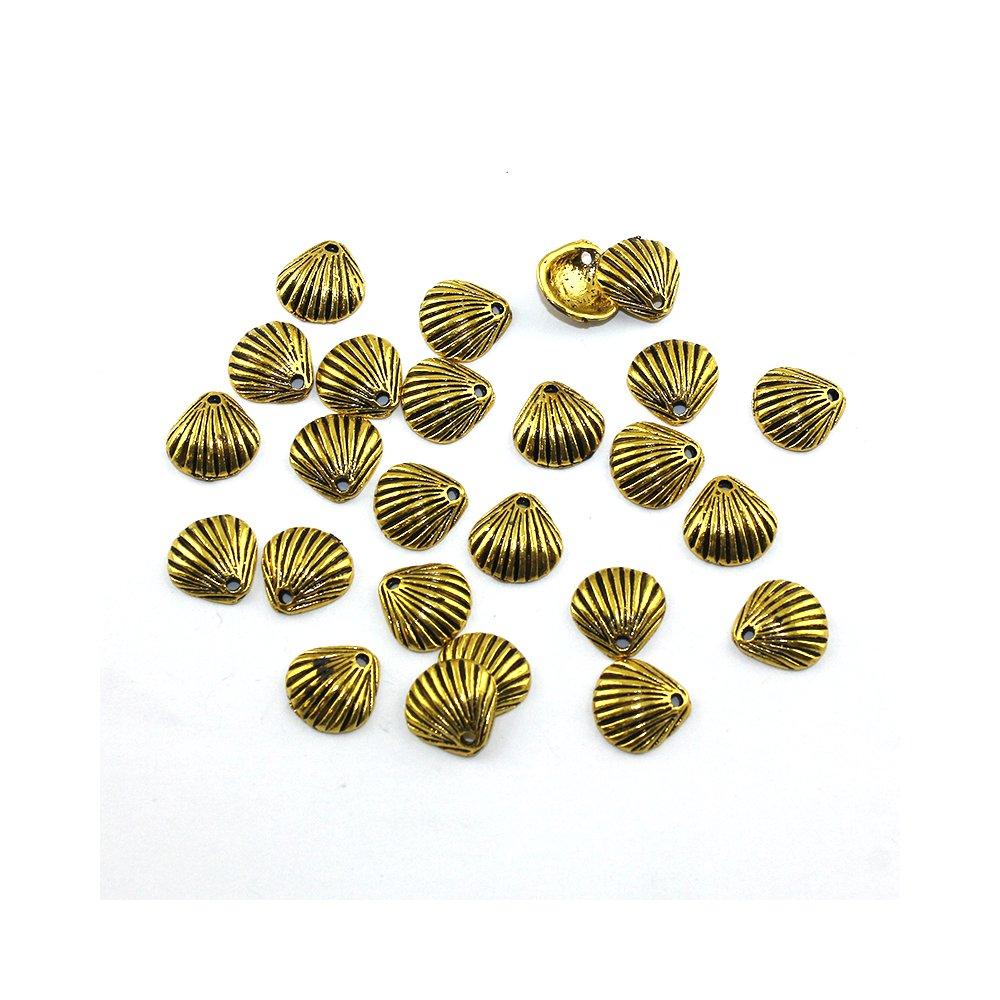 Kovový přívěsek - zlatý - mušle - 11 x 11 x 3 mm - 1 ks