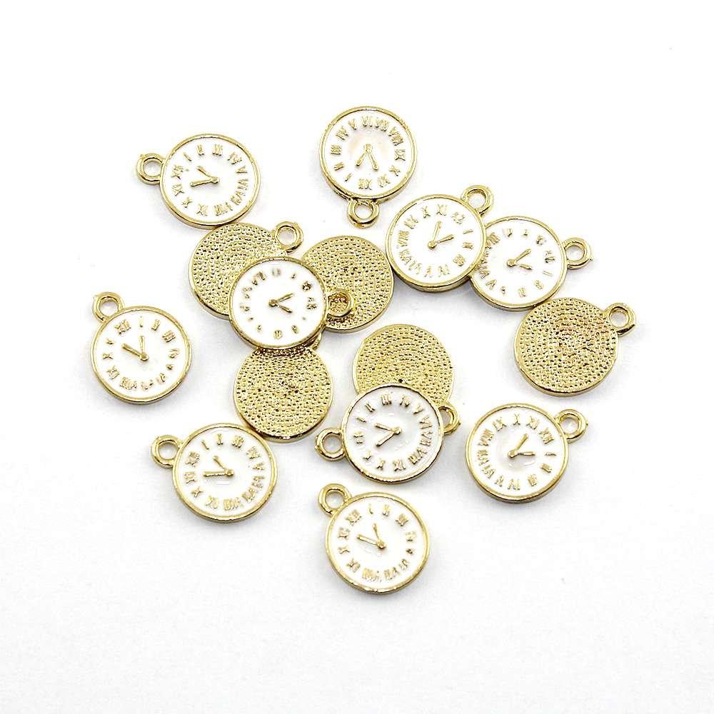 Kovový přívěsek - zlatý - bílý ciferník - 17 x 13 x 1,5 mm - bílý - 1 ks